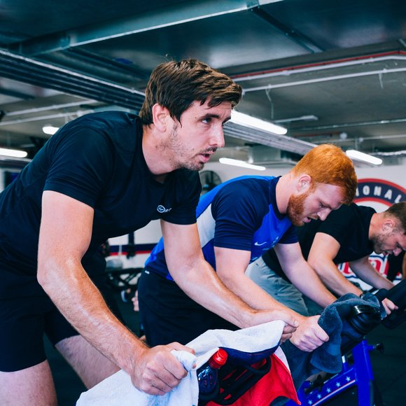 F45 people on bikes